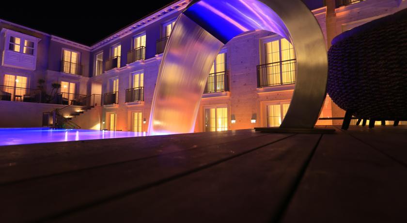 a-la-lucca-hotel-0.jpg